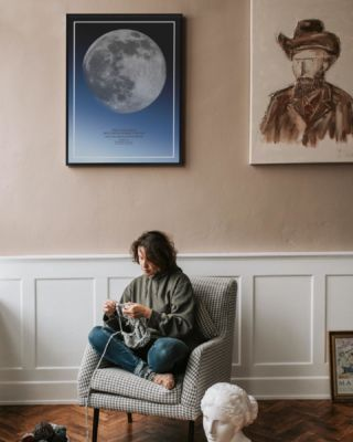 Spending the days cherishing moments like these and thinking of the positives ...#thatverynightstudio #thatverynight #moonface #moonphase #memoriescherish #interior #thatveryinterior